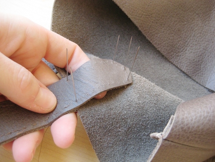 attaching leather bag straps