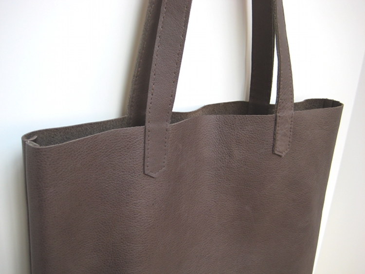 Simple Leather Tote Bag - How Did You Make This? | Luxe DIY