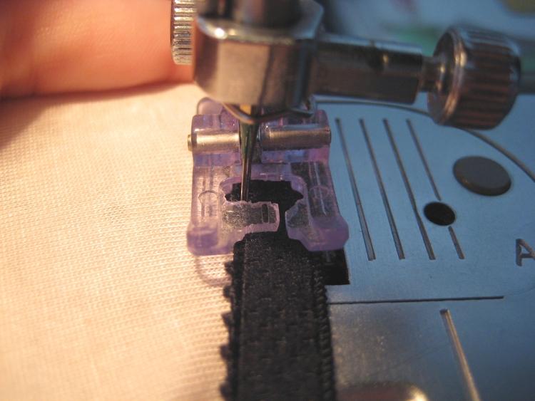 Sewing with plush back or finishing plush elastic