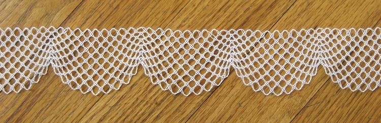 scalloped whole stitch lace