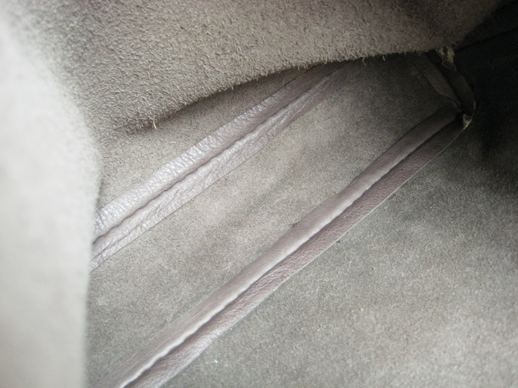 sturdy leather bag bottom