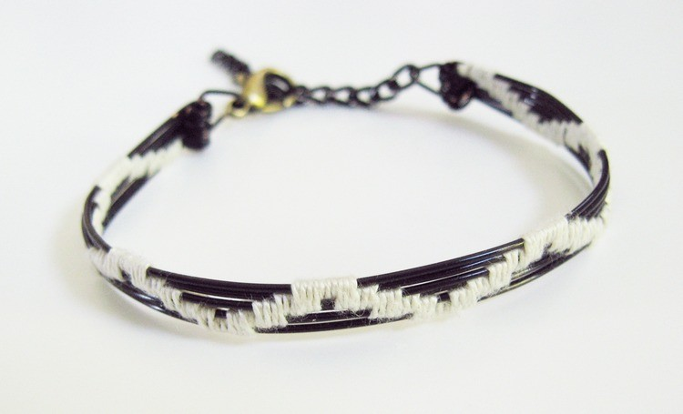 Woven Wire Bracelet Tutorial - How Did You Make This?