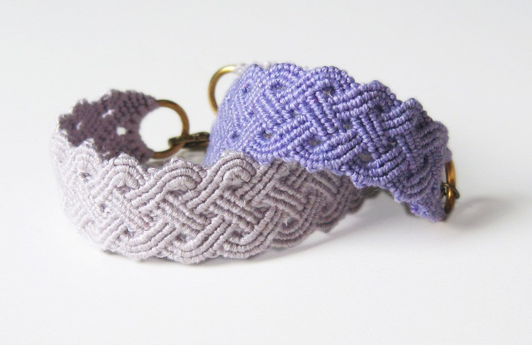 https://howdidyoumakethis.com/downloads/seaside-plaited-macrame-bracelet-tutorial-download/