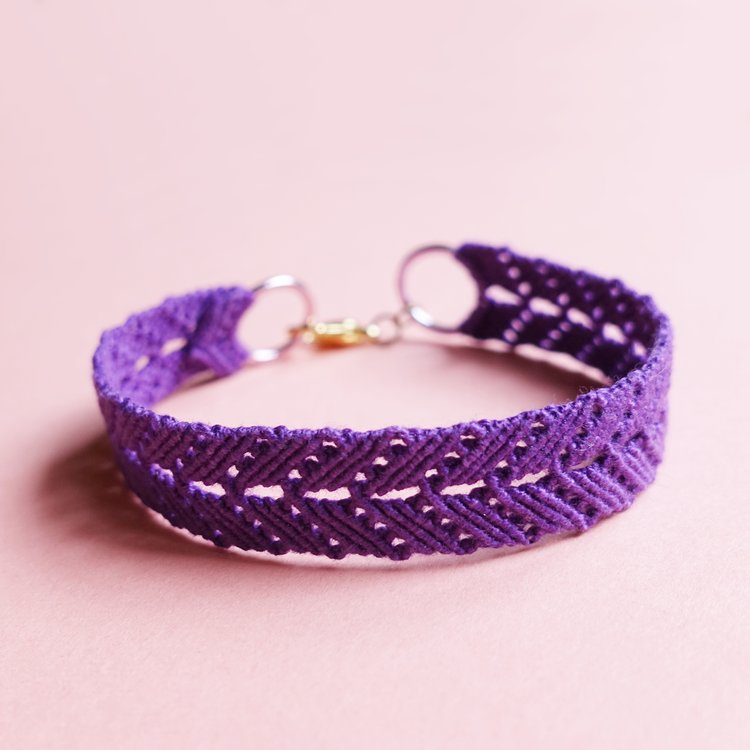 Openwork Macrame Bracelet - How Did You Make This? | Luxe DIY